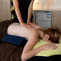 Massage therapist North Lakes
